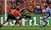 25-Jun-2000 - Yugoslavia-Netherlands - Goal by Kluivert (Netherlands) on 54' (0-4)